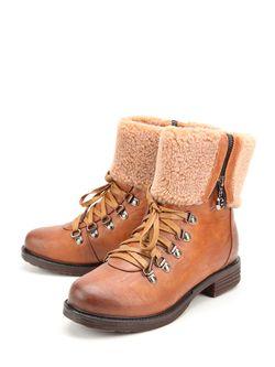 Ботинки Spur                                                                                                              коричневый цвет