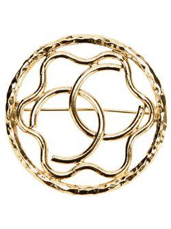 Брошка С Логотипом Chanel Vintage                                                                                                              серебристый цвет