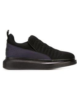 Кроссовки С Выступающей Подошвой Alexander McQueen                                                                                                              черный цвет