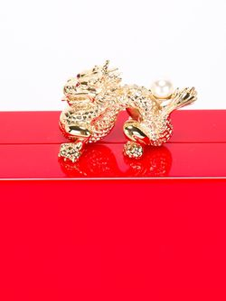 Dragon Pandora Clutch Charlotte Olympia                                                                                                              красный цвет