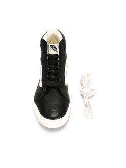 Хайтопы Sk8-Hi Vans                                                                                                              чёрный цвет