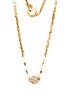 Декорированное Жемчугом Цепочное Колье Chanel Vintage                                                                                                              желтый цвет