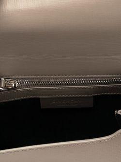 Мини Сумка Pandora Pure На Плечо Givenchy                                                                                                              коричневый цвет