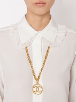 Logo Pendant Necklace Chanel Vintage                                                                                                              желтый цвет