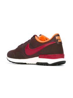 Internationalist Sneakers Nike                                                                                                              красный цвет