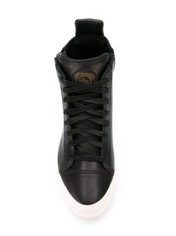 Hi-Top Lace-Up Sneakers Diesel                                                                                                              черный цвет