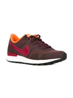Кроссовки Internationalist Nike                                                                                                              красный цвет