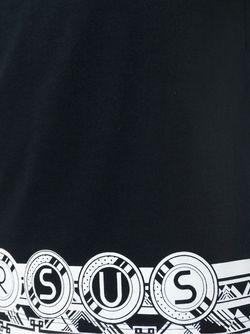 Футболка С Принтом Логотипа На Подоле Versus                                                                                                              чёрный цвет