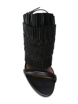 Босоножки Flouncy Tabitha Simmons                                                                                                              черный цвет
