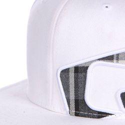 Бейсболка Flexfit Ricochet Flat Brim White/Check Globe                                                                                                              белый цвет