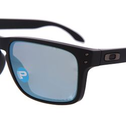 Очки Holbrook Matte Black/Emerald Iridium Polarized Oakley                                                                                                              чёрный цвет