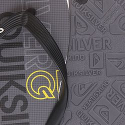 Шлепанцы Molokai Nitro Black/Grey/Yellow Quiksilver                                                                                                              серый цвет