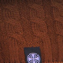 Шапка Вязаная Женская Organic Cable Knit Brown Independent                                                                                                              коричневый цвет