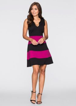 Трикотажное Платье bonprix                                                                                                              розовый цвет