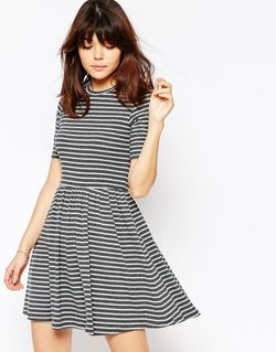 Короткое Приталенное Платье В Рубчик И Полоску Asos                                                                                                              серый цвет