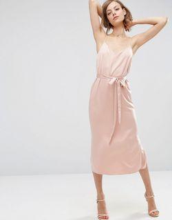 Атласное Платье-Сорочка Миди С Поясом Светло-Розовый Asos                                                                                                              розовый цвет