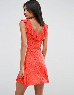 Короткое Приталенное Платье С Цветочным Принтом И Asos                                                                                                              None цвет