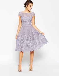Кружевное Платье Для Выпускного С Широкой Горловиной Chi Chi London                                                                                                              None цвет
