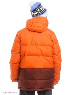 Пуховики Nike                                                                                                              оранжевый цвет