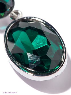 Серьги Infiniti                                                                                                              зелёный цвет