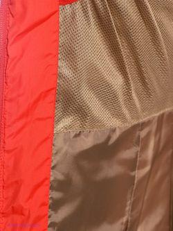 Пуховики Icepeak                                                                                                              красный цвет