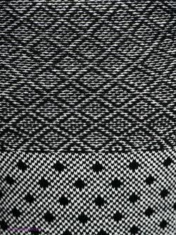 Джемперы Incity                                                                                                              черный цвет