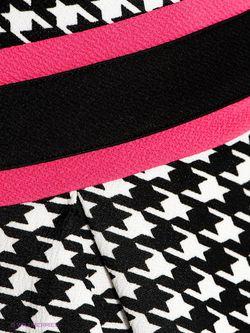 Платья AX Paris                                                                                                              черный цвет