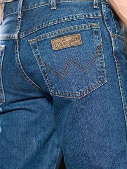 Джинсы Wrangler                                                                                                              голубой цвет
