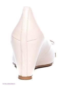 Туфли Shelly                                                                                                              Кремовый цвет