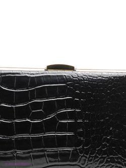 Клатчи Vitacci                                                                                                              черный цвет