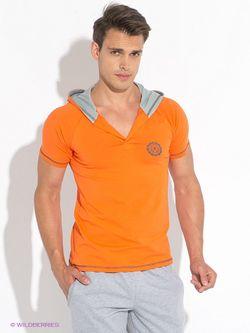 Футболка D.S                                                                                                              оранжевый цвет