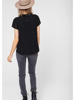 Блузки s.Oliver                                                                                                              чёрный цвет
