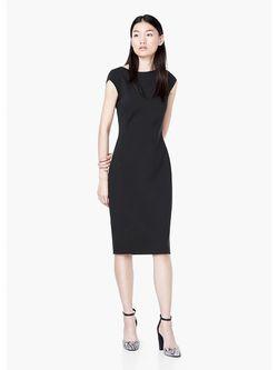 Платья Mango                                                                                                              чёрный цвет