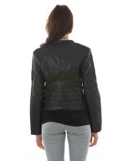 Куртки BuyMe                                                                                                              черный цвет