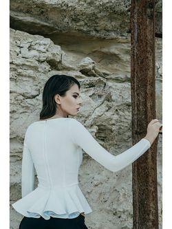 Блузки C.H.I.C.                                                                                                              белый цвет