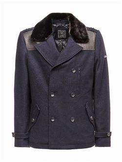 Пальто Guess                                                                                                              синий цвет