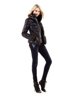 Куртки Guess                                                                                                              черный цвет