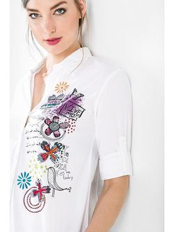 Рубашки Desigual                                                                                                              белый цвет