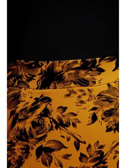Платья Madech                                                                                                              желтый цвет
