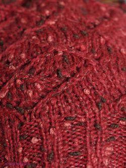 Шапки Snezhna                                                                                                              красный цвет