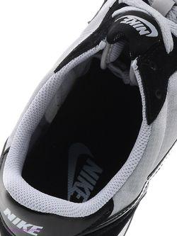 Кроссовки Nike                                                                                                              черный цвет