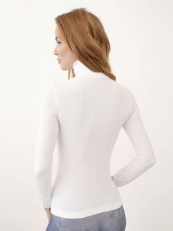 Водолазки Intimidea                                                                                                              белый цвет
