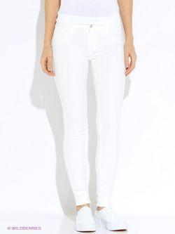 Брюки Levi's®                                                                                                              белый цвет