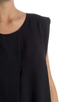 Платья Fiorella Rubino                                                                                                              черный цвет