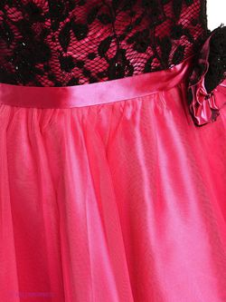 Платья Lawiggi                                                                                                              красный цвет