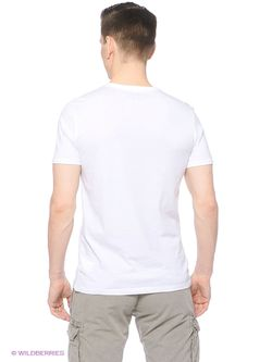 Футболка Colin's                                                                                                              белый цвет