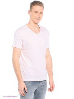 Футболка Colin's                                                                                                              розовый цвет
