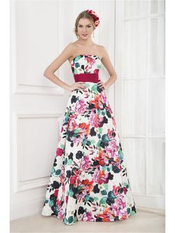 Платья to be bride                                                                                                              белый цвет