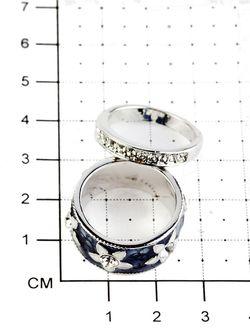 Кольца Bijoux Land                                                                                                              серебристый цвет