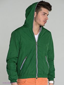 Куртки Guess                                                                                                              зелёный цвет